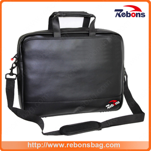 Good Quality Fashionable Factory Price Messenger Bag Fashion Bag 17 Laptop Computer Bag for MacBook PRO with Two Plastic Pads on The Bottom to Protect The Bag
